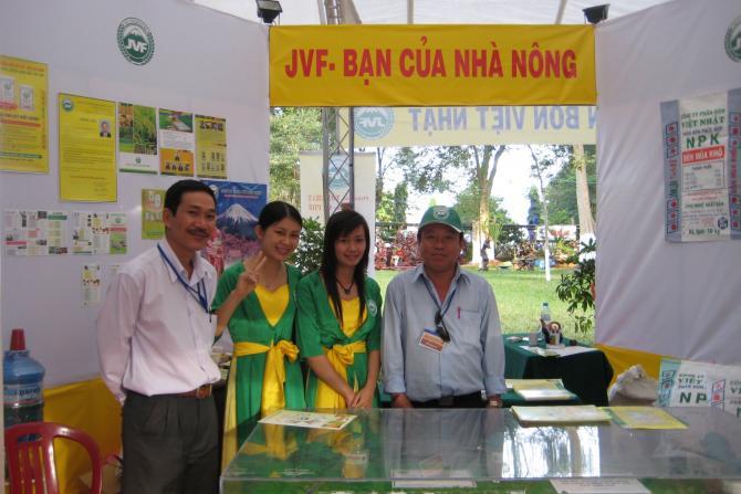 Hình ảnh bán hàng trực tiếp của công ty Phân Bón Việt Nhật